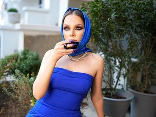VictoriaMinelli Live